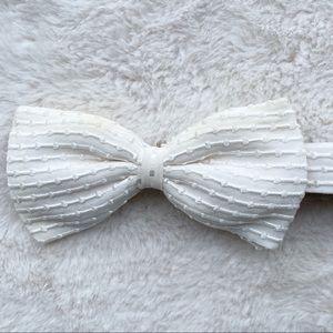 Bijan Men's Silk Bow Tie. White. Adjustable.